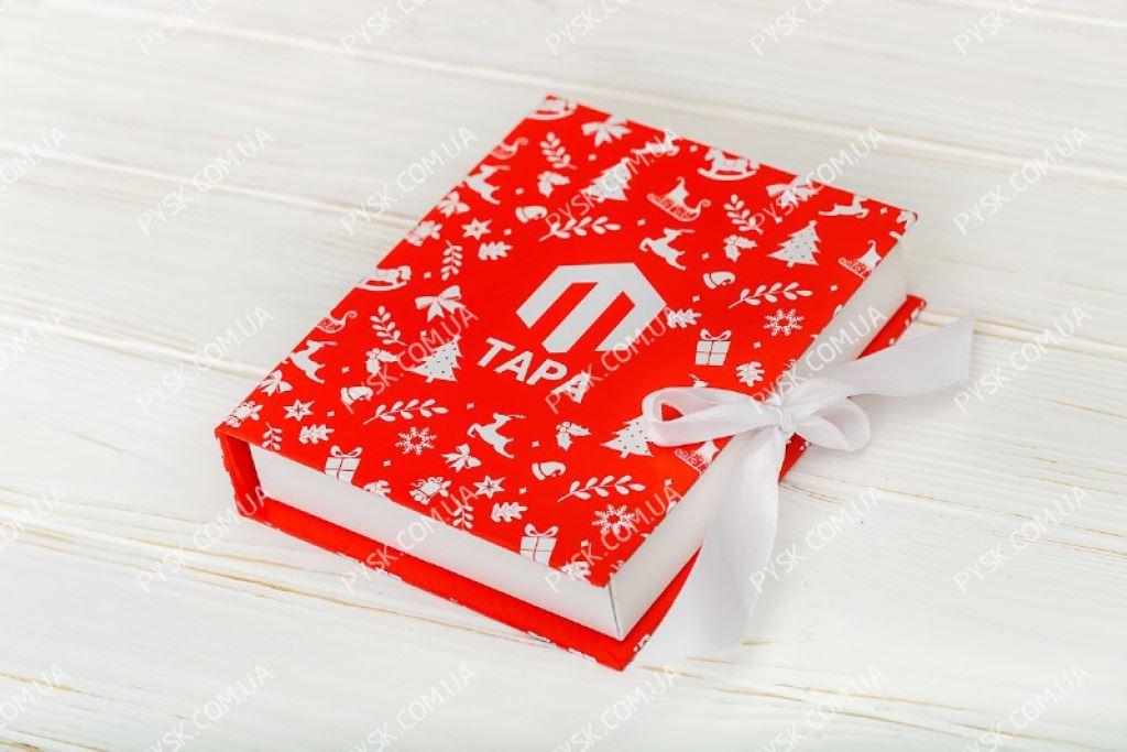 Коробка книга на 12 конфет