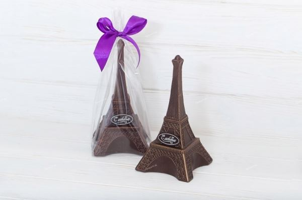 Шоколадная эйфелевая башня