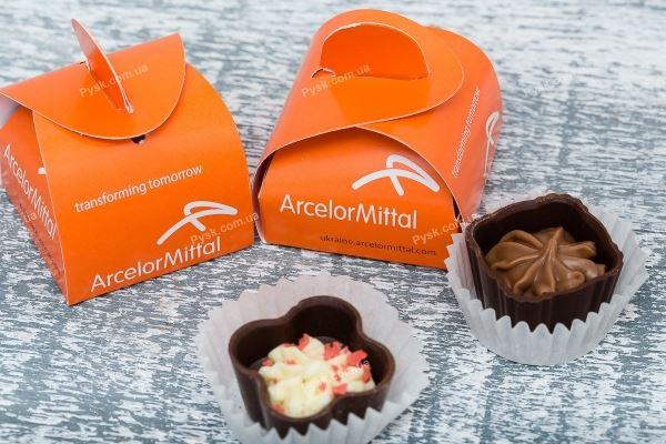 Шоколадные конфеты - бонбоньерки с логотипом